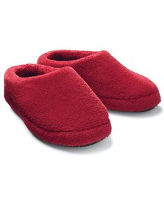 Kidss cozy-toesie scuff slippers, in red.