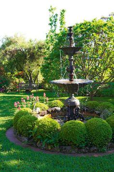 Earimil garden gallery 11 of 15 - Homelife Outdoor Water Features, Water Features In The Garden, Garden Fountains, Fountain Garden, Garden Water, Water Gardens, Water Fountains, Formal Gardens, Outdoor Gardens