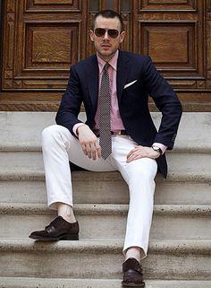 Image from http://offthecuffdc.com/wp-content/uploads/dan-trepanier-stairs-navy-blazer-white-jeans-e1325373385793.jpg.