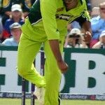 The World's No.1 Fastest Bowler Shoib Akhtar's Bowling, Photos and Marriage News