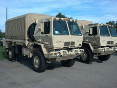 LMTV 4x4 Trucks, Cool Trucks, Cool Cars, Military Car, Military Vehicles, Best Campervan, Off Road Camper, Steyr, Armored Vehicles