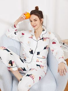 SHEIN offers Floral & Bird Print Pajama Set & more to fit your fashionable needs. Satin Pyjama Set, Satin Pajamas, Pajama Set, Pajama Party, Womens Fashion Online, Latest Fashion For Women, Pajamas For Teens, Cozy Pajamas, Pyjamas