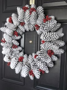 Southern Belles love to spray paint everything at Christmas. Vintage, Paint and more...: Pinecone Wreath