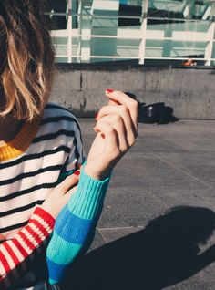 This colorblock sweater is perfect for an urban afternoon.