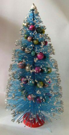 Vintage Bottle Brush Christmas Tree, so pretty in blue. Christmas Past, Blue Christmas, Retro Christmas, Christmas Items, Christmas Crafts, Christmas Decorations, Holiday Decorating, Christmas Ornaments, Love Vintage