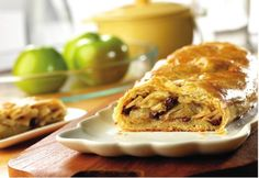 Pepperidge Farm® Puff Pastry: Apple Strudel