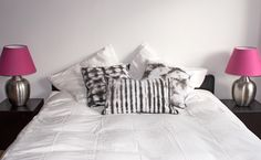 Top quality handmade shibori pillows in black and white on cotton fabric. Ecofriendly pillows and decorative, for an ethnic touch, simple and chic... Available on dawanda shop (France/Germany/ UK), delivery international possible.. http://de.dawanda.com/shop/designedonearth