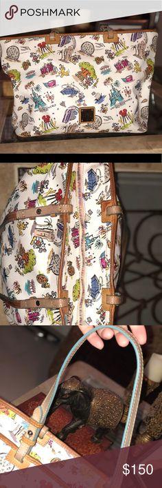 Dooney & Burke Disney Purse 💕 Authentic dooney & bourke Disney Large tote style purse in great condition Dooney & Bourke Bags Shoulder Bags