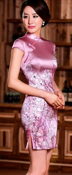 ❤China Beauty❤ with Satin Qipao Satin Dresses, Sexy Dresses, Beautiful Dresses, Short Dresses, Mandarin Dress, Sexy Outfits, Fashion Outfits, Oriental Dress, Cheongsam Dress