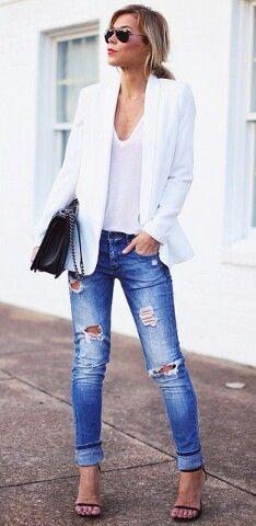 Distressed jeans @happilygrey