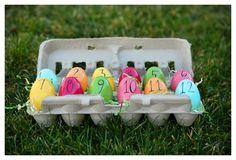 TURNED OUT CUTE!: Easter egg countdown advent calendar: fill with treats OR slips of paper with fun Easter activities on them (like dye eggs or have an egg hunt, etc)