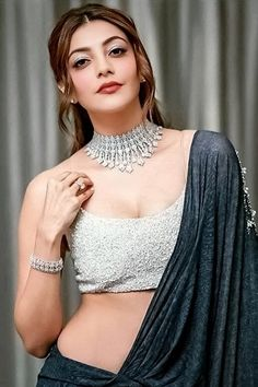 Kajal Aggarwal Most Beautiful Bollywood Actress, Bollywood Actress Hot, Beautiful Actresses, Cool Girl Style, Stylish Girl Pic, Beautiful Girl Indian, Beautiful Girl Image, Saree Models, Cute Beauty