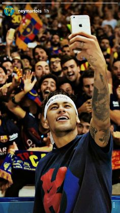 Neymar back in those Barca days Psg, Neymar Jr, Lionel Messi, Cristiano Ronaldo Portugal, Neymar Brazil, Fcb Barcelona, Football Players, Role Models, Celebrity