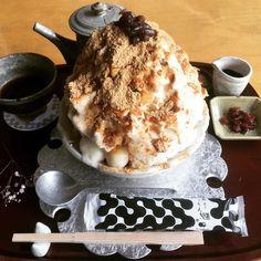 """濃い抹茶スイーツや水信玄餅など、今和スイーツが大ブームですよね。そんな和菓子といえばやっぱり忘れてはいけないのが""""きなこ""""。きなこは美容効果が高く、きなこ特有の香りが大好きな方も多いはずです。そこで今回は、東京都内にあるきなこを贅沢にたっぷりと使用した『きなこスイーツ』を頂けるお店を紹介します。"""