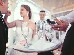 Die meisten Kosten für die Hochzeit sollte Ihr für Eure Dienstleister einplanen