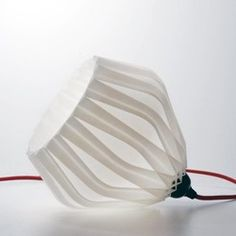 FabShop's Zuzanna Lamp has an aesthetic inspired by folded paper. Print one in your favorite color and hang it in a dark corner somewhere. 3d Printer Models, 3d Models, Impression 3d, 3d Printing Industry, 3d Pattern, Patterns, 3d Studio, 3d Prints, Printable Designs