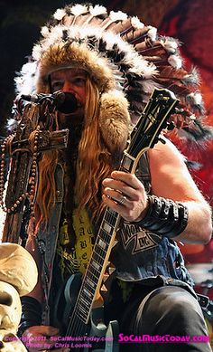 Zakk Wylde <3    I'd like to suggest my personal page about gift ideas, the page is http://ideiadepresente.com    Eu queria sugerir a todos minha p�gina sobre dicas de presentes, o site � http://ideiadepresente.com