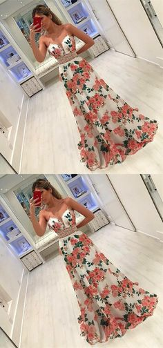 modest floral prom party dresses with deep v-neck, elegant formal evening gowns for special occasion.