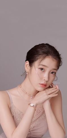 IU JESTINA Wallpapers & LockScreen This is a wallpaper I made. Korean Actresses, Korean Actors, Korean Beauty, Asian Beauty, K Pop, Iu Twitter, Korean Photography, Iu Fashion, Beautiful Girl Image