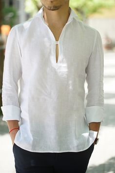 Good summer option to pair with a jinbei JACKET: Napoli/Linen Capri Shirt in white Gents Kurta Design, Boys Kurta Design, Stylish Men, Men Casual, Mens Shirt Pattern, High Collar Shirts, Casual Shirts, Casual Outfits, Mens Designer Shirts