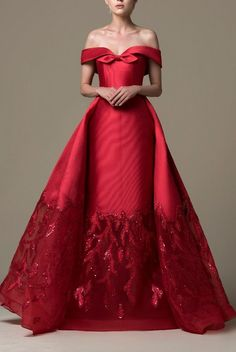 This, but in white! Event Dresses, Bridal Dresses, Casual Dresses, Prom Dresses, Debut Gowns, Prom Dress Couture, Red Fashion, Formal Gowns, Beautiful Gowns
