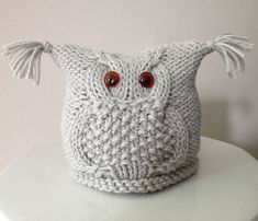 Tea Cosy Knitting Pattern, Baby Knitting Patterns, Crochet Patterns, Diy Crafts Knitting, Knitting Projects, Booties Crochet, Crochet Baby Hats, Knitted Owl, Knitted Hats