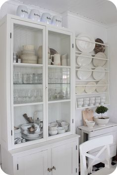 Shallow storage pieces///Växthus ~ Greenhouse | Lilla Blanka | Bloglovin'