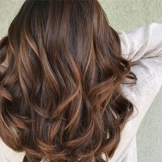 Hair Color Ideas For Brunettes With Red Ideas Brown Hair 2017 Dyed Hair Straight Hair Color Ideas For Brunettes Bright Brown Hair Caramel Balayage, Balayage Hair Bob, Balyage Hair, Caramel Hair Dye, Balyage Caramel, Brown Hair Highlights, Chocolate Caramel Hair, Hair Colours Caramel, Wedding Hair Colors