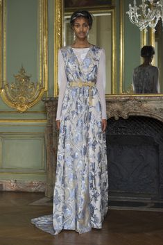 Alberta Ferretti Limited Edition Fall 2015 Couture Collection Photos - Vogue
