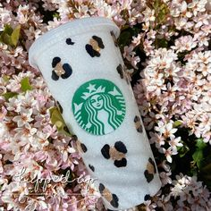 Leopard Print Starbucks Cup / Glitter Cup / Epoxy / Hand Painted Leopard Print Personalized Starbucks Cup, Custom Starbucks Cup, Starbucks Logo, Starbucks Tumbler, Starbucks Plastic Cups, Starbucks Glitter Cup, Glitter Cups, White Glitter, Reusable Cup