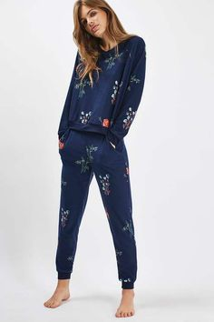 Poppy Print Loungewear Sweater and Jogger f77bd8ccf