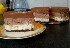 Triplacsokis sajttorta DuCsitől Hungarian Cake, Hungarian Recipes, Hungarian Food, What You Eat, Cheesecakes, Cake Cookies, Tiramisu, Food And Drink, Sweets