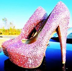 Dorothy all grown up...in hot pink glitter heels | Bling it On