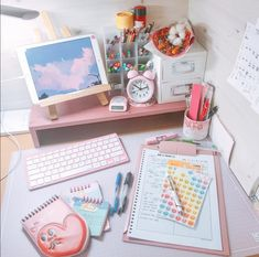 Image discovered by ★彡 ZAINAB 彡★. Find images and videos about color, book and school on We Heart It - the app to get lost in what you love. Study Room Decor, Study Rooms, Study Desk, Room Ideas Bedroom, Study Areas, Study Corner, Desk Inspiration, Desk Inspo, Kawaii Room