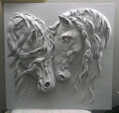 The beauty of plaster relief Plaster Sculpture, Plaster Art, Horse Sculpture, Wall Sculptures, Wood Carving Art, Wood Art, Tadelakt, Paperclay, Equine Art