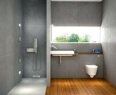 à l'italienne ( j'enleverais volontiers les toilettes pour n'en faire qu'une salle d'eau)