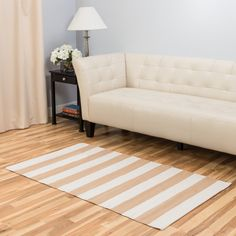 Hand-Loomed Tan/White Indoor/Outdoor Area Rug