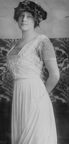 Madeleine Astor, Titanic survivor and wife of John Jacob Astor IV, ca. 1910. Source: Library of Congress