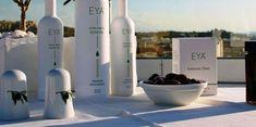 Έξτρα παρθένο premium ελαιόλαδο, από τη Μεσσηνία. Μικρή παραγωγή με άριστο ελαιόλαδο. Η ποικιλία των ελαιόδεντρων, 100% Κορωνέικη, και οι ιδανικές κλι... Olive Oil, Greece, London, Food, Products, Greece Country, Eten, Meals, Gadget