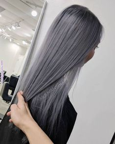 17 Prettiest Pastel Pink Hair Color Ideas Right Now - Style My Hairs Ash Gray Hair Color, Grey Hair Wig, Brown Ombre Hair, Lace Hair, Gold Hair, Pink Hair, Ash Grey, Blue Grey Hair, Metallic Hair Color