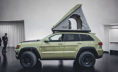 Jeep Grand Cherokee Overlander Concept Can Get Away from It All—and Stay Away Lifted Jeep Cherokee, 2011 Jeep Grand Cherokee, Jeep Wrangler Lifted, Grand Cherokee Overland, Lifted Jeeps, Jeep Wranglers, Wrangler Rubicon, Jeep Grand Cherokee Accessories, Jeep Trailhawk