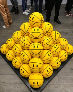 Channel Logo, Love Logo, You Are My Sunshine, Visual Merchandising, Aesthetic Pictures, Make You Smile, Smiley, Pikachu, Nissan