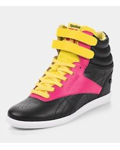 new arrival 9feca 9f0b2 Reebok Freestyle Hi Wedge A Keys Trainers, Black, Very Style Décontracté  Reebok, Baskets