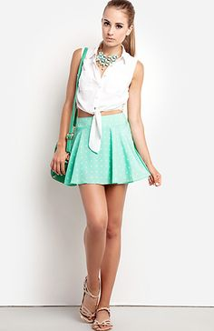 Nice outfit for a date or even to classes