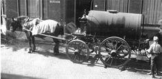 De  Olieman met paard en wagen.
