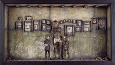 Diorama 19    45x64x14 cms.   2001