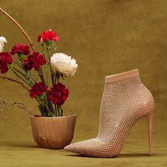 Short Boots, Stiletto Heels, Peep Toe, Elegant, Shoes, Instagram, Hands, Women, Style