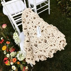 Mandala carpet by Merle Holm as a perfect wedding gift. Pet O, Interior Decorating, Interior Design, Nordic Design, Carpet Design, Perfect Wedding, Wedding Gifts, Mandala, Living Room