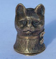 VINTAGE STERLING SILVER GILT HALLMARKED CAT VESTA CASE MATCH SAFE
