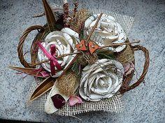 Košíček s ružami a srdiečkami